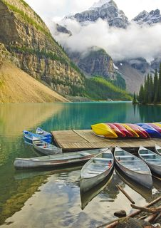 Free Moraine Lake Royalty Free Stock Photography - 6408117