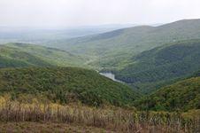 Free Hidden Lake Stock Photo - 6411950