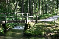 Free Wooden Bridge In A Park Stock Images - 6416494