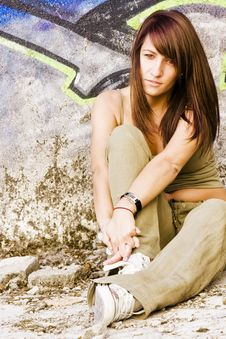 Free Young Woman In Casual Clothing Stock Photography - 6417302