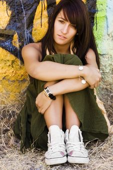 Free Young Woman In Casual Clothing Royalty Free Stock Photography - 6417377