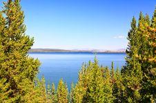 Free The Yellowstone Lake Stock Photos - 6418833