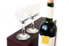 Free Red Wine Bottle And Box Royalty Free Stock Photo - 6424635