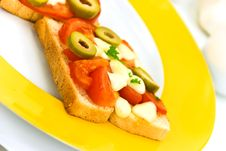 Free Tasty Toast With Vegetables .a Close Up Shot Royalty Free Stock Images - 6429319