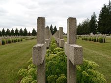 Free Row Of Crosses Royalty Free Stock Photos - 6430448