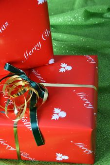 Free Christmas Gifts Royalty Free Stock Photo - 6433965