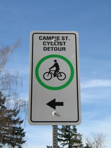 Free Cyclist Detour Sign Stock Photo - 6434260