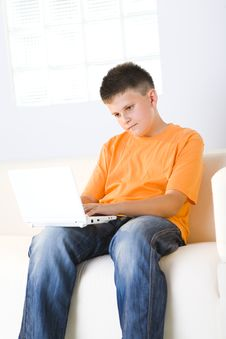 Free Young Boy With Laptop Royalty Free Stock Photos - 6436268