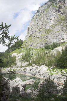 Free Black Lake Stock Images - 6438954