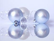 Free Three White Spheres And Streamer Royalty Free Stock Photos - 6448458