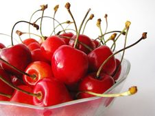 Free Tasty Cherries In Glass Bowl Stock Photography - 6453262