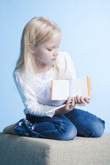 Free Girl Showing A Book Stock Photos - 6456433