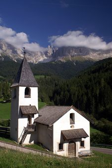 Free Church In The Dolomites Stock Photography - 6459072