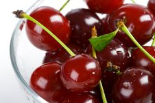 Free Sweet Cherry Royalty Free Stock Photos - 6459408
