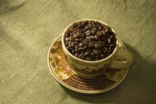 Free Coffee Beans In The Cup Stock Photos - 6459803