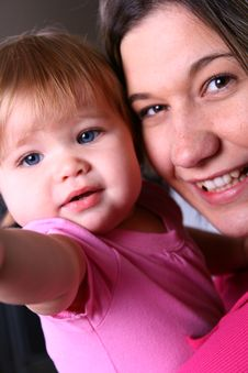 Free Mother And Daughter 2 Royalty Free Stock Image - 6460756