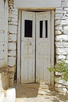 Free Old Wooden Door Royalty Free Stock Photos - 6464568