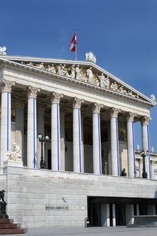 Free Austrian Parliament Royalty Free Stock Photography - 6468117