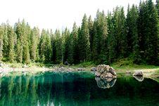 Free Mountain Lake Royalty Free Stock Photo - 6468415