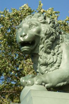 Free Head Of A Stone Lion Royalty Free Stock Photo - 6469495
