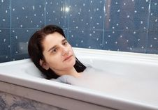 Free Young Woman Lying In A Bathtub Stock Photo - 64624260