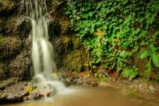 Free Tranquil Waterfall Stock Images - 6475054