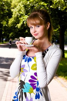 Free Beautiful Young Woman And Coffee Royalty Free Stock Photos - 6476178