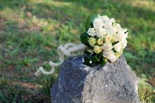 Free Wedding Bouquet And Stone Royalty Free Stock Photography - 6476217