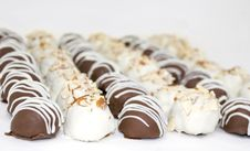 Free Chocolate Truffles Royalty Free Stock Photography - 6476677