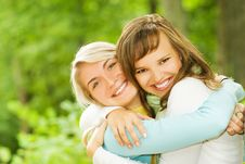 Free Two Beautiful Young Women Royalty Free Stock Images - 6477239