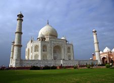 Free Taj Mahal Royalty Free Stock Photography - 6479207