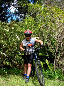 Free Young Cyclist Royalty Free Stock Photos - 6480608