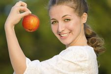 Free Woman With Apple Royalty Free Stock Photography - 6481447