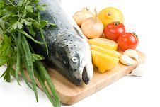 Free Fresh Salmon With Vegetables Stock Photo - 6482700