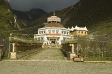 Free Tibetan Building In Yunnan Province Stock Photos - 6485723