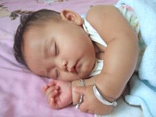 Free Sleeping Baby Royalty Free Stock Photos - 6486508