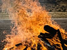 Free Great Flame Royalty Free Stock Images - 6489009