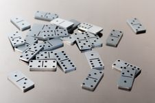 Free Steel Dominoes Royalty Free Stock Images - 6489409