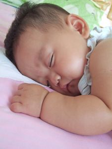 Free Sleeping Baby Stock Photography - 6489572