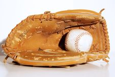 Free Vintage Baseball Mitt Royalty Free Stock Images - 6492349