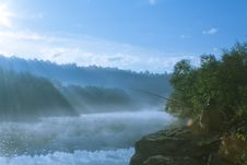 Free Mist On A River Royalty Free Stock Images - 6492429