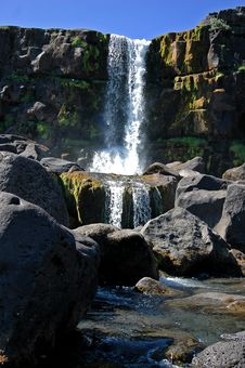 Free Waterfall In Pingvallavatn, Iceland Royalty Free Stock Photo - 6492795
