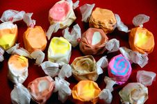 Free Colorful Taffy Candy Royalty Free Stock Images - 6494399