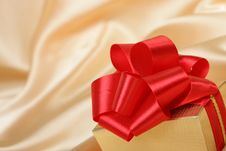 Free Box Of The Gift Royalty Free Stock Image - 6495796