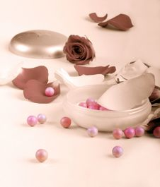 Free Rose Petals And Pouder Stock Photos - 6496563