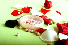 Rose Petals And Pouder Royalty Free Stock Image