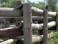 Free Wood Fence Corner Stock Photos - 650723