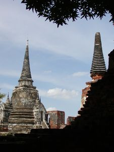Free Ancient Thai Temple Royalty Free Stock Photography - 651457