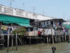 Free Thailand Bangkok - Riverside Buildings On Chao Praya Royalty Free Stock Photo - 651525