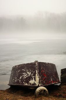 Free Winterized Boat Royalty Free Stock Photos - 654968